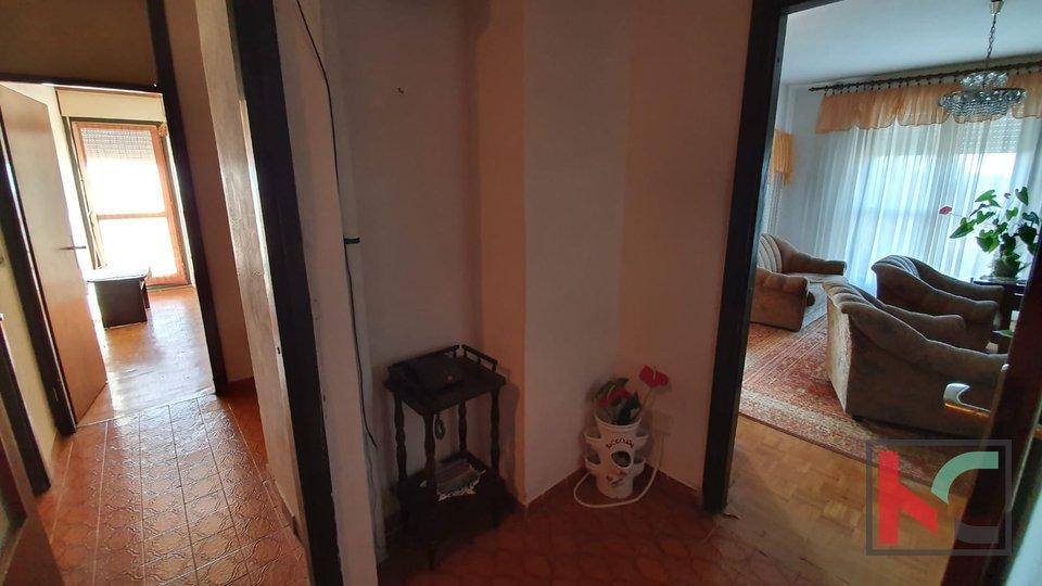 Pula, Veruda - Wohnung mit vier Schlafzimmern 82,19 m2 / LIFT