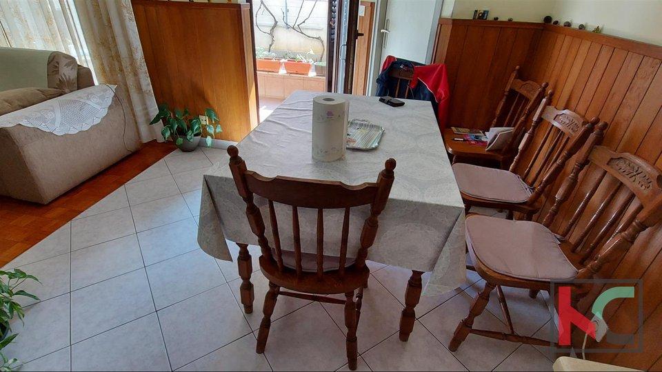 Pula, Stoja ground floor apartment 77m2 with garden 30m2