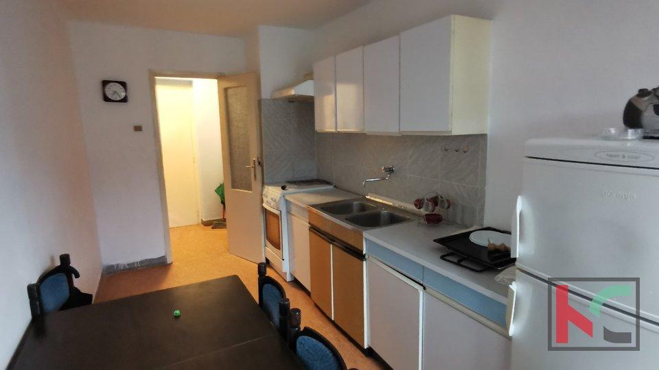 Pula, Širi Centar, 53,85 m2 Apartment mit zwei Schlafzimmern in großartiger Lage