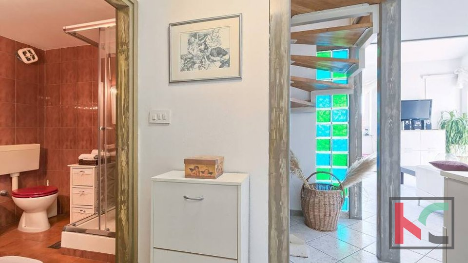 Istria, Premantura, extremely sunny three bedroom apartment 68m2