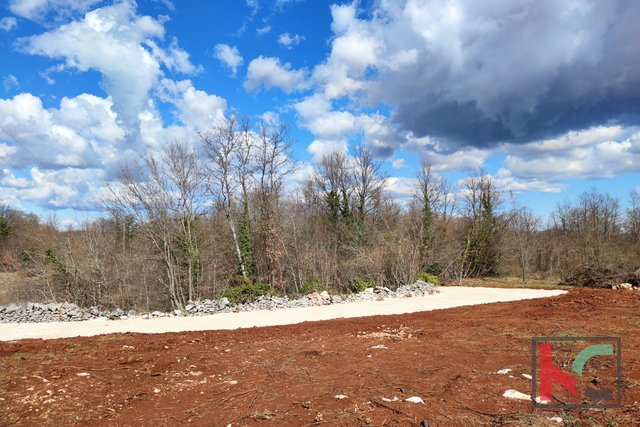 Istria - Barban, building land 952m2