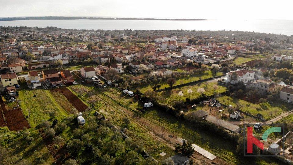 Istria - Peroj, building land 797m2 in an attractive location