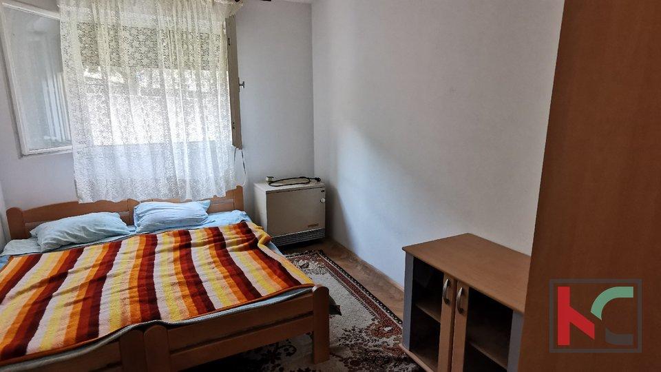 Pula, Veruda, appartamento 80,56 m2 diviso in due unità