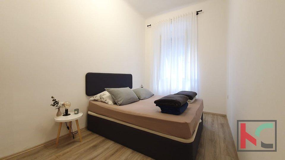Pula, Zentrum, Wohnung 84,97 m2 in zwei Einheiten aufgeteilt