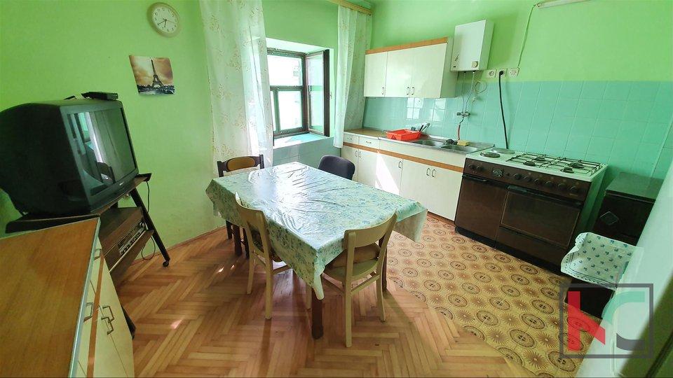 Istria, Peroj, house 108m2 with garden of 135m2