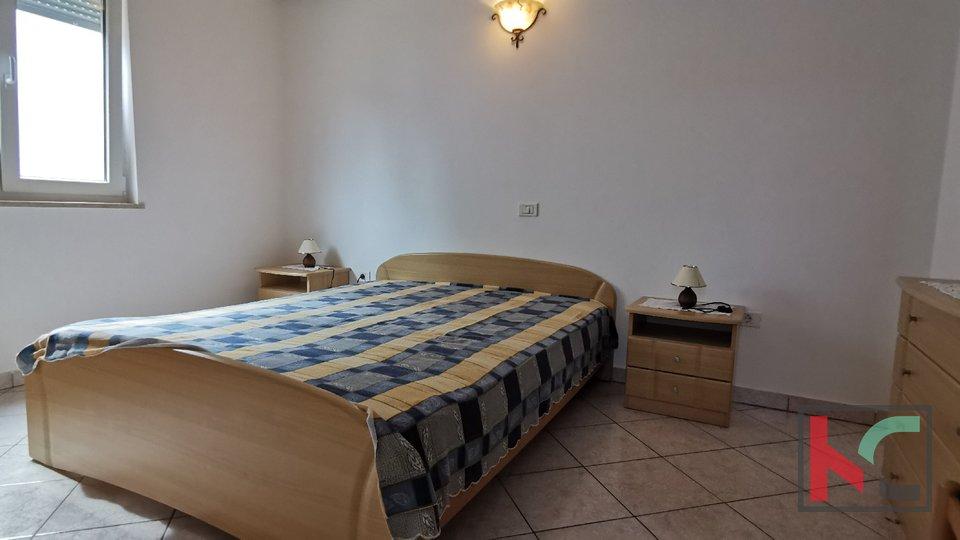 Pula, Veruda porat comfortable apartment 95.80 m2 with 2 bedrooms in a new building - quiet location