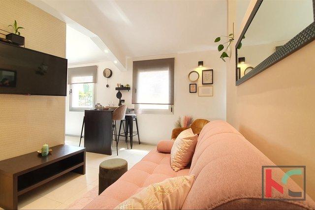 Pula, modern eingerichtete Wohnung in einem neuen Gebäude - Innenstadt, Kandler Straße