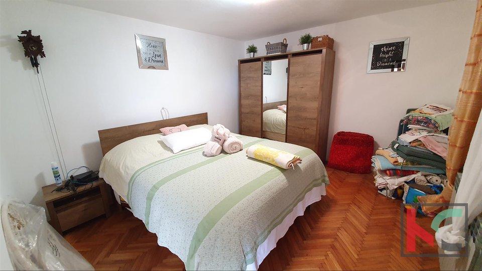 Istra - Galižana, samostojeća kuća sa pogledom na more