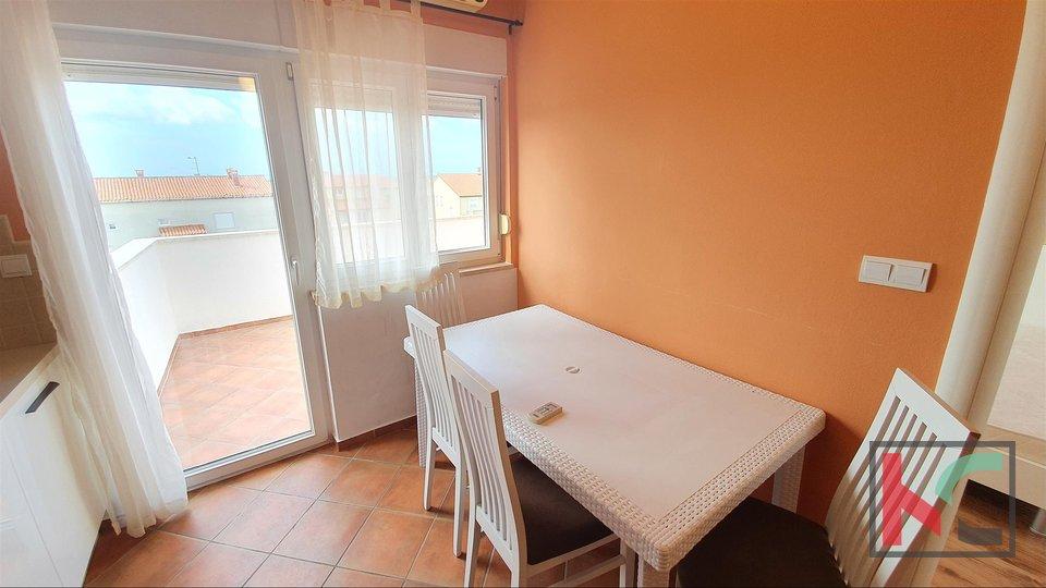 Istra, Medulin sunčan stan 72,11m2 sa bazenom II pogled more