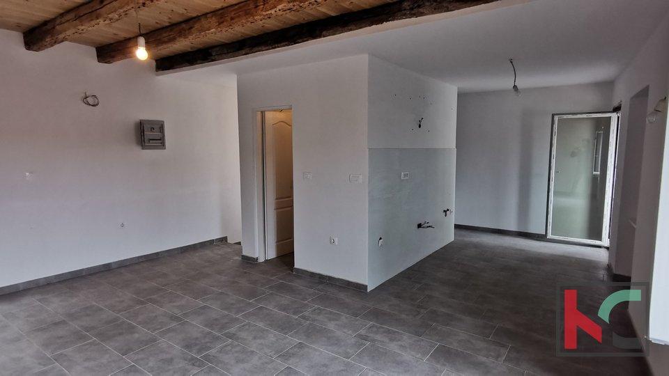 Istra, Vodnjan, kompletno renovirana kamena kuća 120m2