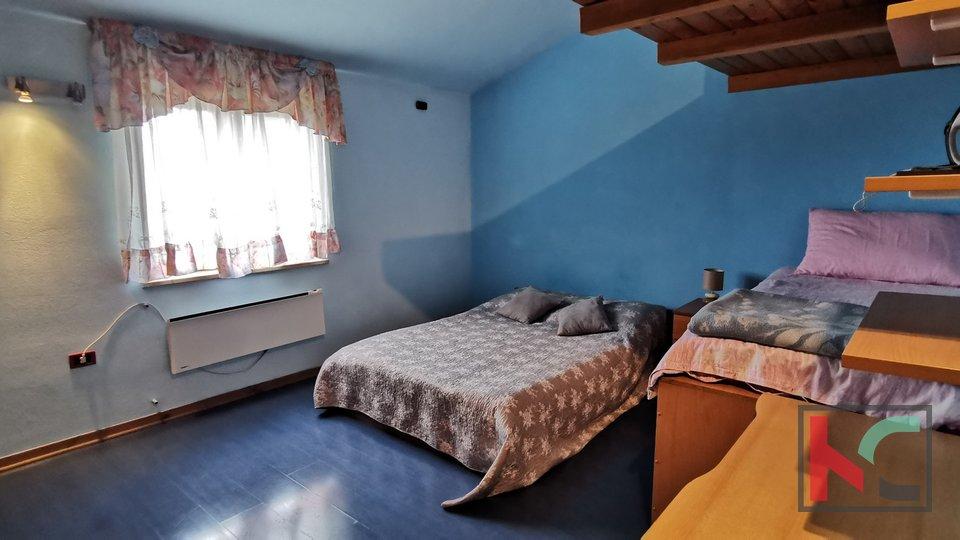 Pula, Kaštanjer appartamento duplex al 1 ° piano 66,25 m2