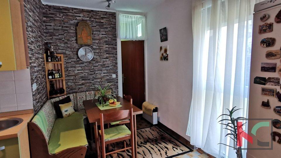 Pula,Šijana Stan 66,21m2 sa 2sobe i  sunčanim balkonom