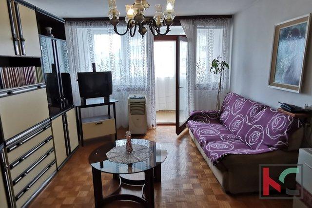 Pula, Veruda stanovanje 71,19 m2 s 3 balkoni, popolnoma opremljeno