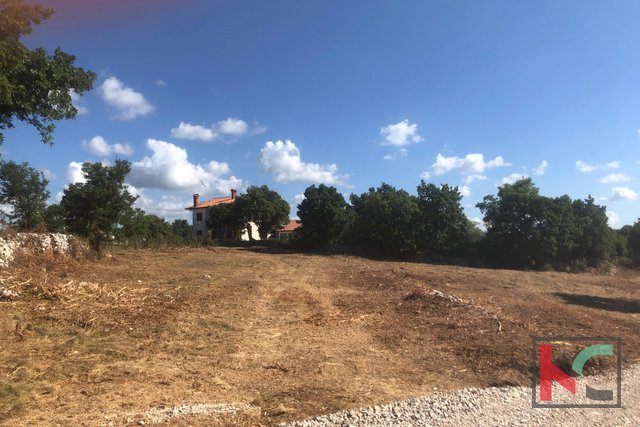 Istria, Svetvincenat - terreno edificabile 605m2