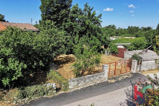 Istria, Svetvincenat casa 178m2 con un bellissimo giardino 927m2