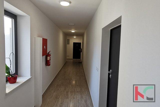 Istria, Pula, Pješčana Uvala, apartment in a new building 76.05 m2 in a top location