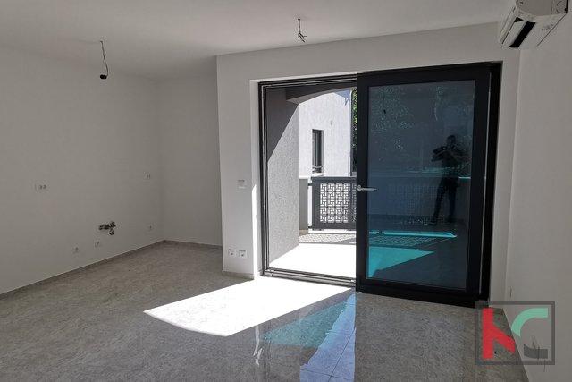 Istra, Pula, Pješčana Uvala, stan u novogradnji 115,64m2 sa pogledom na more