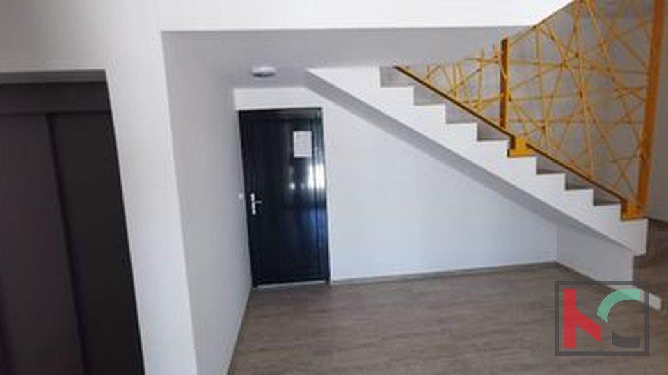 Istra, Pula, Pješčana Uvala, stan u novogradnji 76,05m2 na top lokaciji