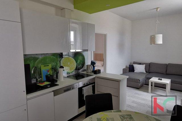 Istra, Pula, center mesta, moderno dvosobno stanovanje 45,77 m2