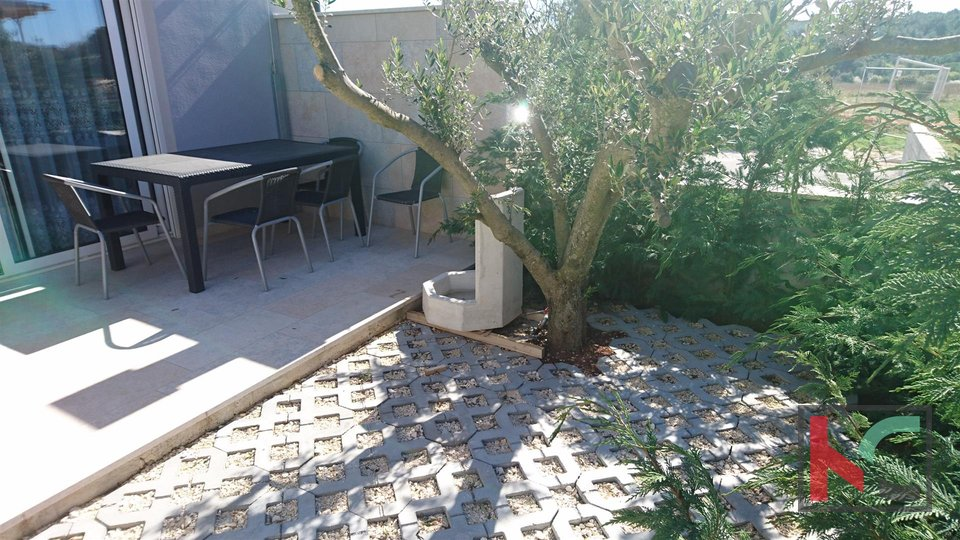 Istra -  Banjole, Volme, family house in a new building / quiet location