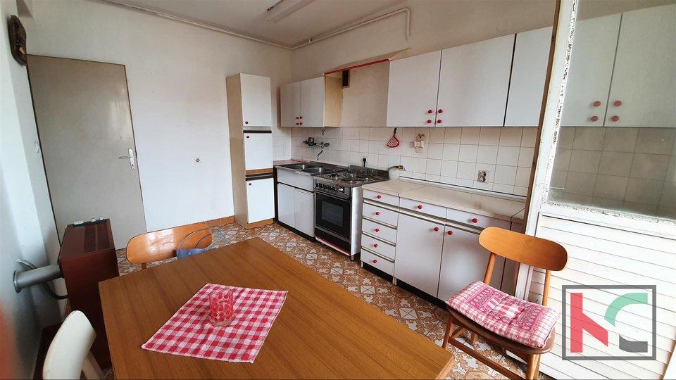 Pula, Veruda, stanovanje na odlični lokaciji v bližini priljubljene Verudele in centra mesta