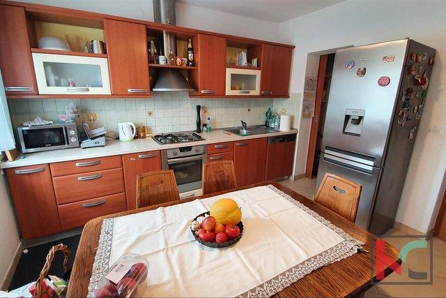 Pula, Kaštanjer, renovated comfortable apartment in Kaštanjer