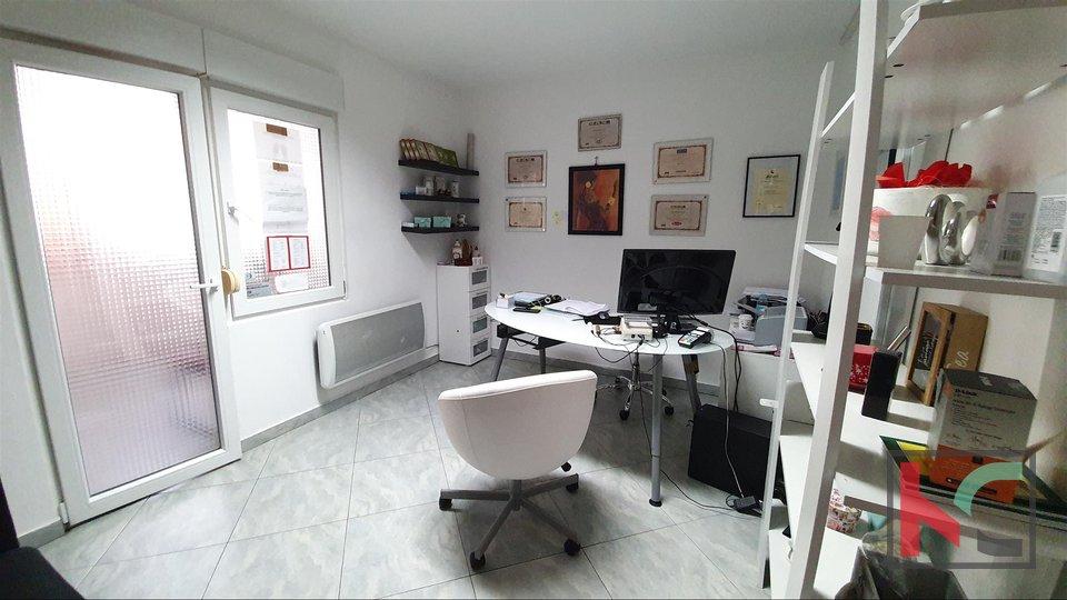 Pula, Kaštanjer, poslovni prostor 56,71 m2