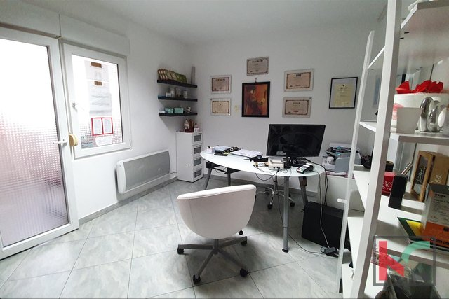 Pula, Kaštanjer, apartment / office space 56.71 m2