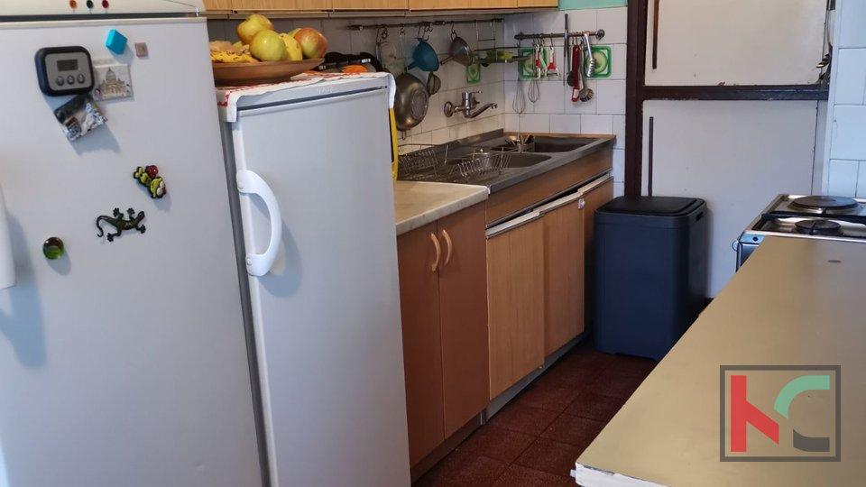 Pula, Stoja - appartamento 67,92 m2 con garage vicino al mare