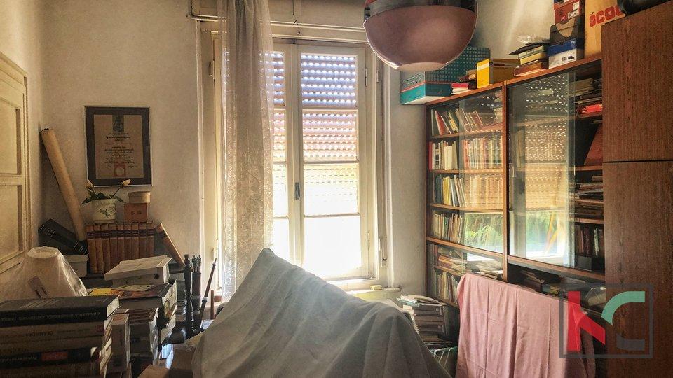 Pula, Šijana - štirisobno stanovanje v bližini obale