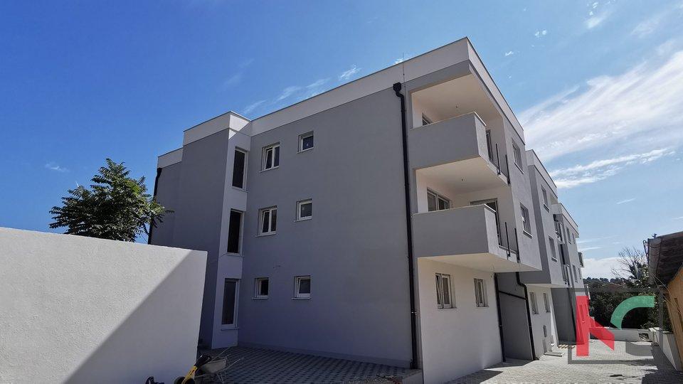 Pula, Centar, četverosoban stan 89m2 u luksuznoj novogradnji