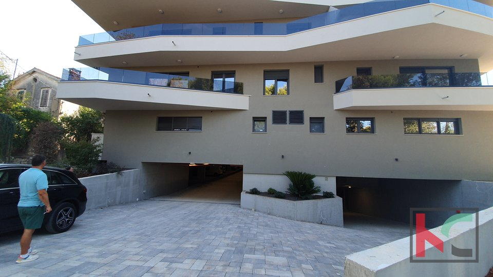 Pula, Stoja, new building 500m from the sea