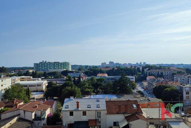 Pola, Kaštanjer, appartamento 59,47 m2 con balcone e due camere da letto