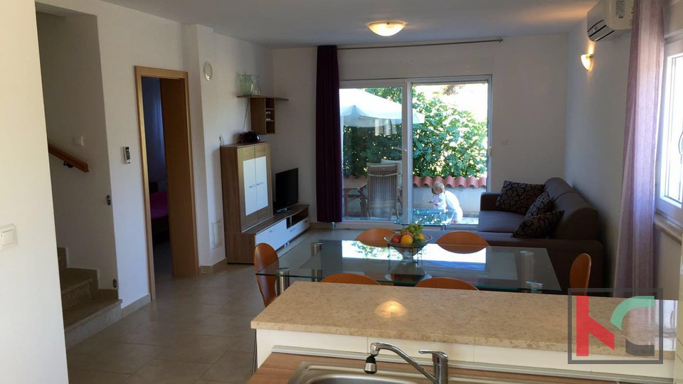 Istria, Fazana - house with garden and 2 parking spaces, 300m from the sea