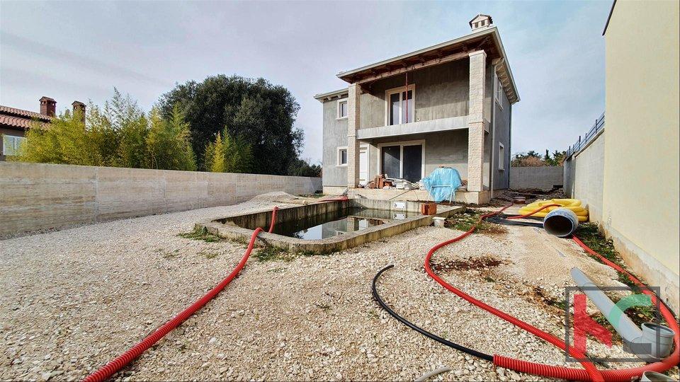 Istra, nova vila sa bazenom na mirnoj lokaciji nasuprot Brijuna