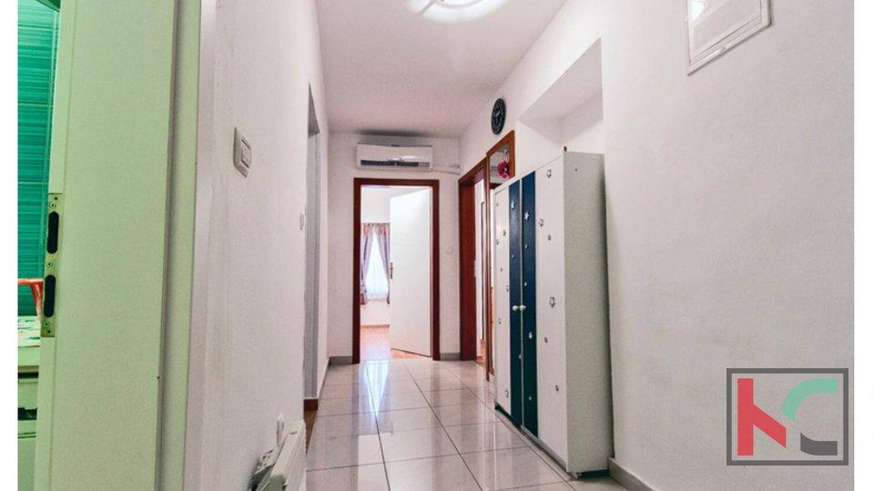 Pula, strogi centar, renoviran stan 2 spavaće sobe
