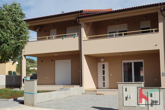 Istrien - Barbariga, Haus von 102m2 in Neubau mit Blick auf das Meer