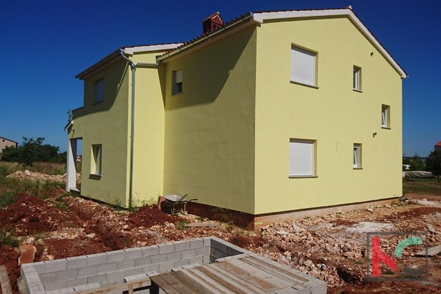 Fažana, Valbandon new house 180m2 with pool