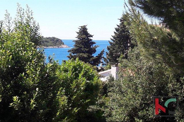 Pula, Pješćana Uvala, casa con tre appartamenti, con vista sul mare