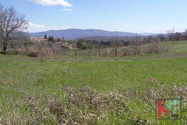 Pican, Santa Caterina terreno edificabile 2495m2