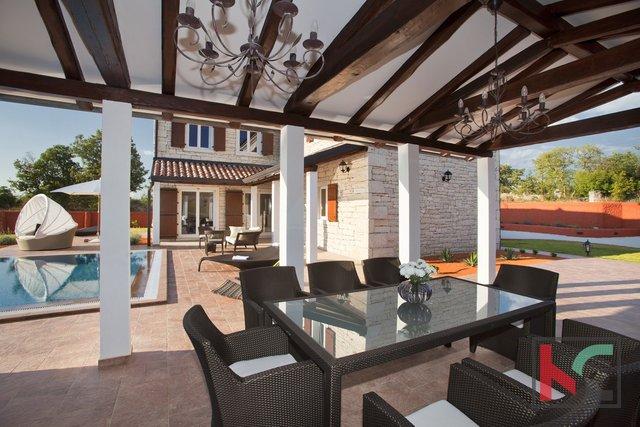 Svetvincenat, Ferienhaus 190m2 mit Pool Garten 1700m2