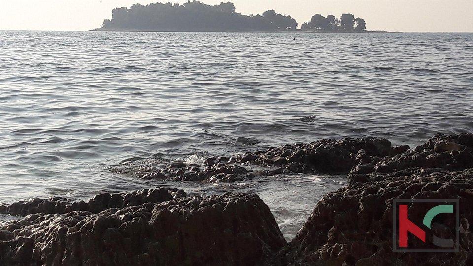 Rovinj, Borik neue Villa nur 250 Meter vom Meer entfernt