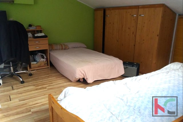 Pula, Valdebek, trosoban stan 105,40 m2