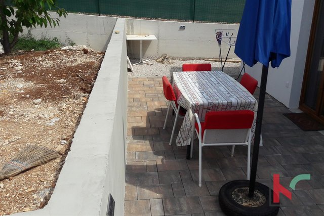 Rovinj, house-cottage 40m2 842m2 garden