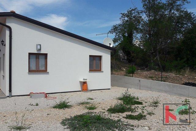 Rovinj, Haus-Hütte 40m2 Garten 842m2 NEU