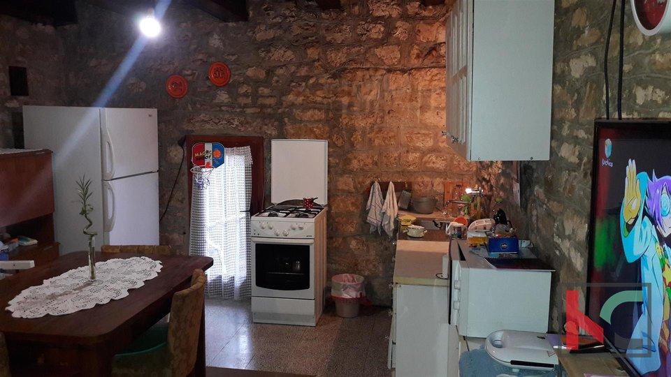 Istrien, Bale zwei verbundene Häuser 200m2