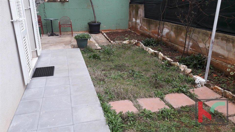 Rovigno, appartamento 38,80m2 con una camera da letto con giardino di 35m2
