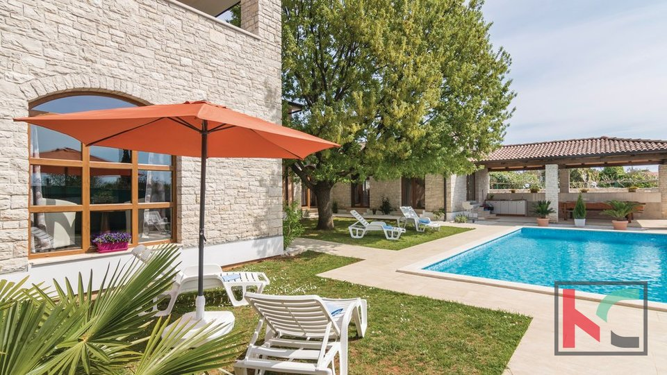 ISTRIA - PEROJ autochthonous stone villa with panoramic view / near the beach
