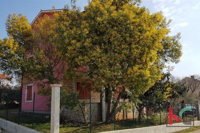 Haus, 550 m2, Verkauf, Fažana